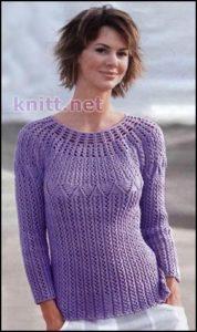 Сиреневый пуловер с круглой кокеткой