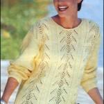 Пуловер с ажурными полосками