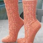 Ажурные вязанные спицами носочки