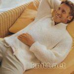Бежевый пуловер с воротником стойка на молнии
