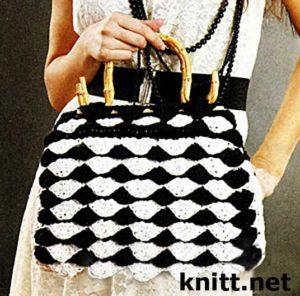 Черная сумка с чешуйками
