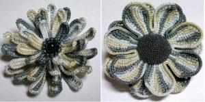 Цветок из секционной пряжи