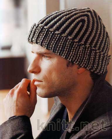 вязаная спицами шапка в полоску