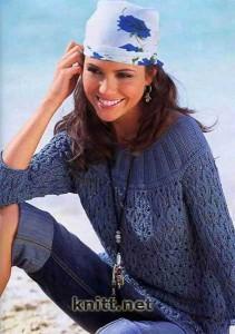Пуловер с кокеткой и ажурным узором