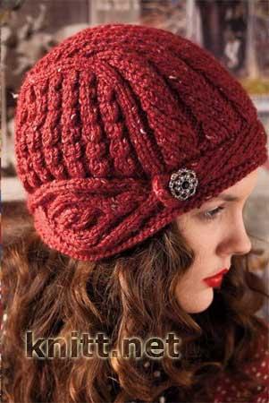 Вязаная спицами шапка с наушниками
