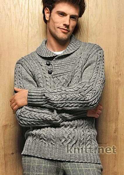 Привлекательный пуловер с