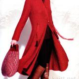Красное пальто и сумка