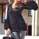 Вязаные спицами пуловер, шапочка и сумка