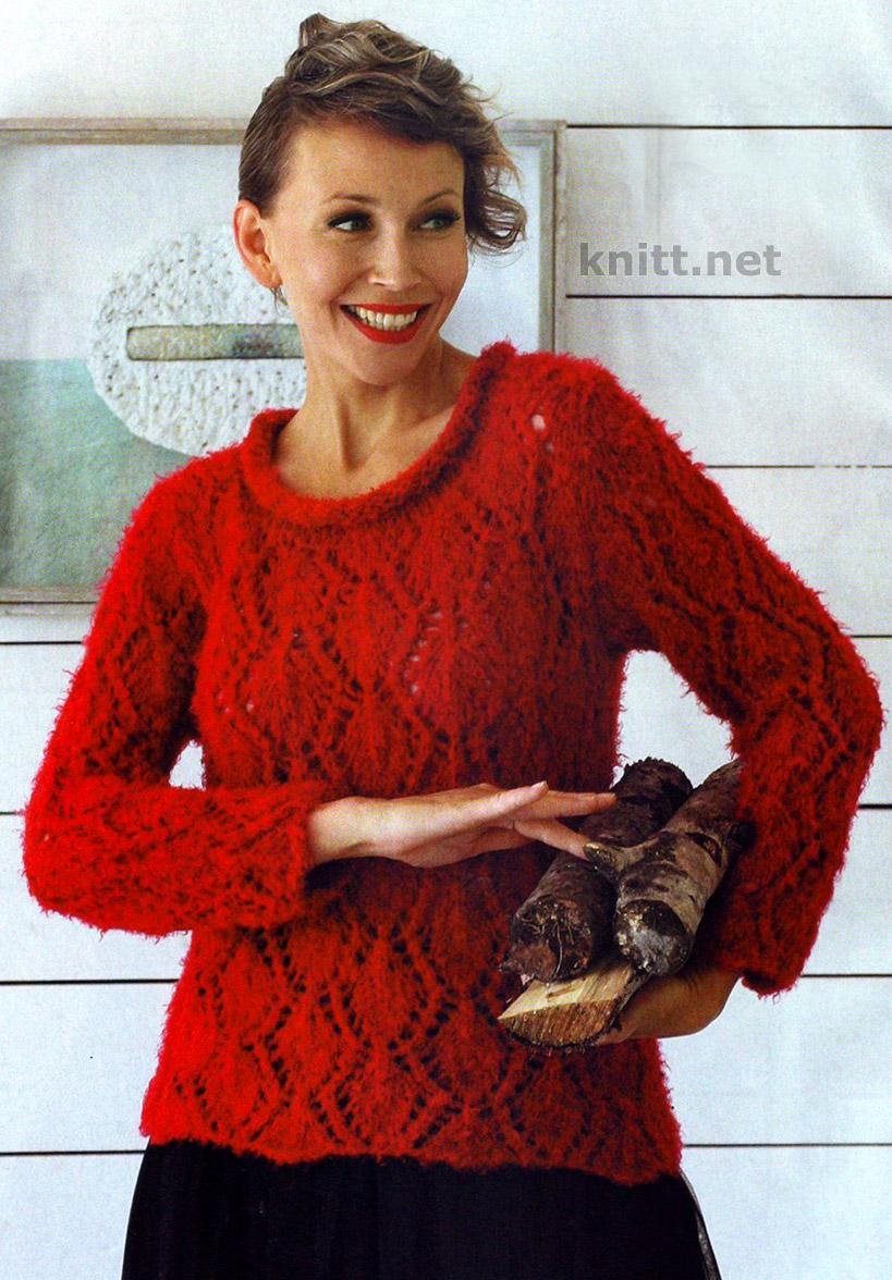 Вязаный красный пуловер