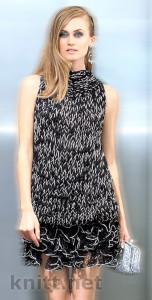 Вязаный комплект: топ и юбка с рюшами