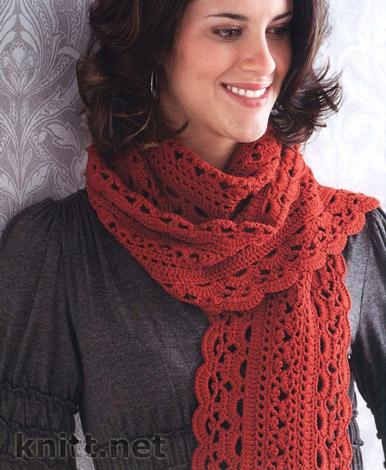 Красивый ажурный шарф связан из пряжи красного цвета средней толщины, в вязании можно использовать как хлопковую пряжу так и шерстяную.