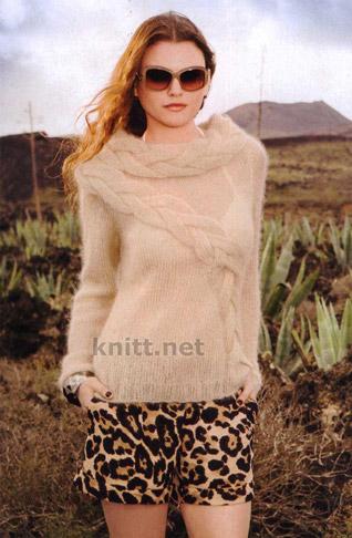 Пуловер спицами с объемными косами