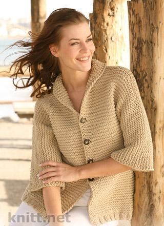 Жакет связан платочной вязкой с рукавами ¾., классическая модель .