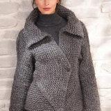 Жакет из толстой пряжи спицами вsgjkyty платочной вязкой для женщин, модель строгая и элегантная....
