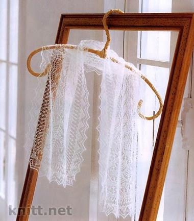 Тонкий ажурный шарф палантин