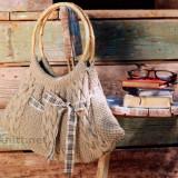 Вязаная спицами сумка с лентойВязаная спицами сумка с лентой
