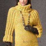Желтый свитер из толстой пряжи