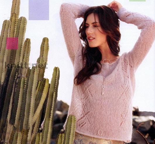 Легкий пуловер с ажурным узором