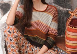 Вязаный пуловер с полосатым узором