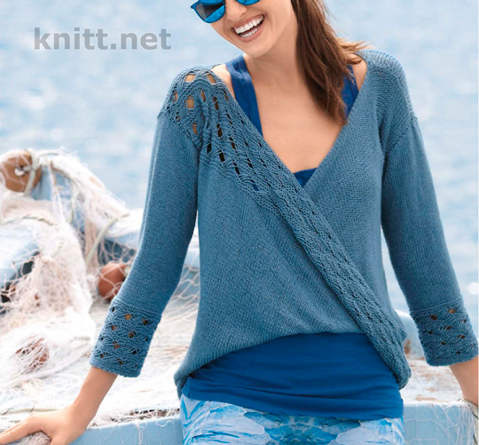 Вязаный спицами закрученный пуловер