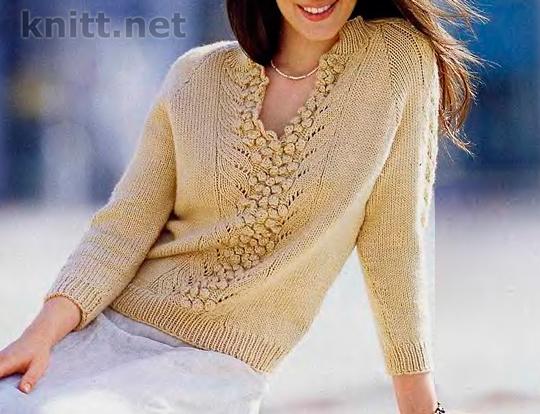 Пуловер с центральным узором