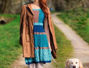Платье с расклешенной юбкойПлатье с расклешенной юбкой