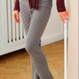 Светло-серые расклешенные брюки