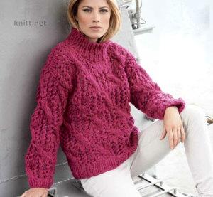 Розовый свитер с рельефным узором