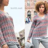 Вязаный пуловер с узором из снятых петель