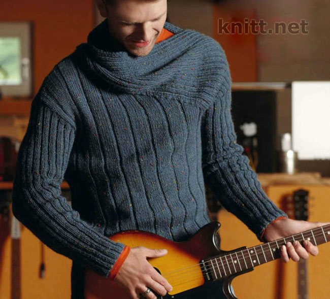 Вязаный спицами асимметричный мужской пуловер