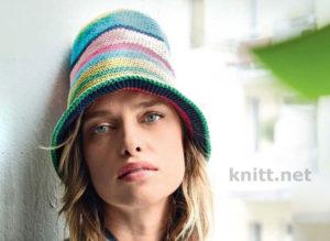 Вязаная полосатая шляпа