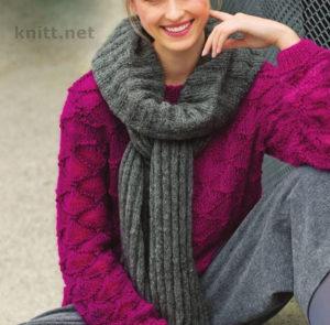 Вязаные спицами пуловер и шарф