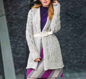 Вязаные светло-серый жакет и трехцветная юбка