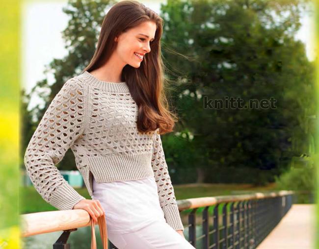 Вязаный спицами короткий ажурный пуловер