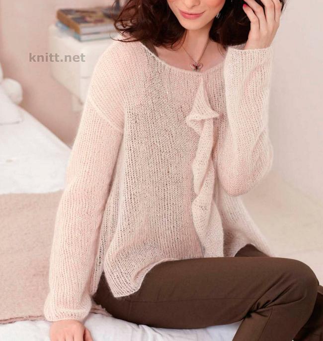 Вязаный спицами тонкий пуловер