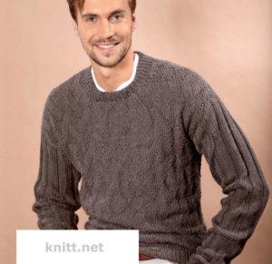 Вязаный на спицах мужской пуловер с узорами