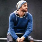 Мужской пуловер деним и шапка