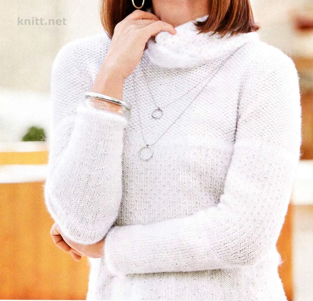 Женский пуловер спицами с ажурным воротником