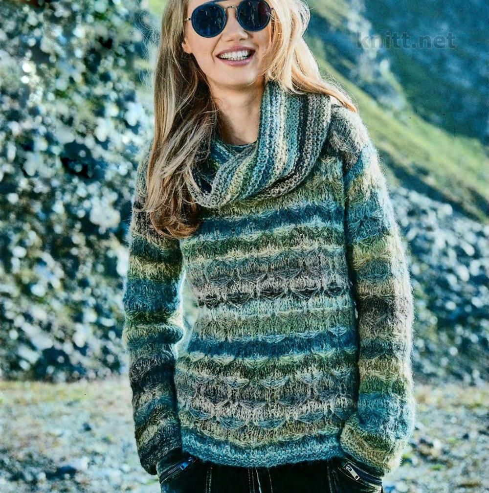 Вязание женского пуловера и снуда из сине-зеленой пряжи
