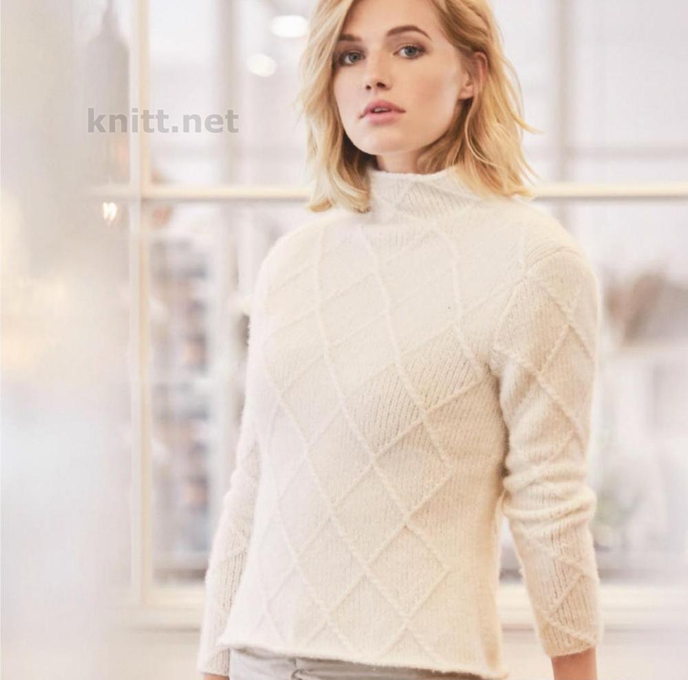 vyazanyj-pulover-s-uzorom-romby