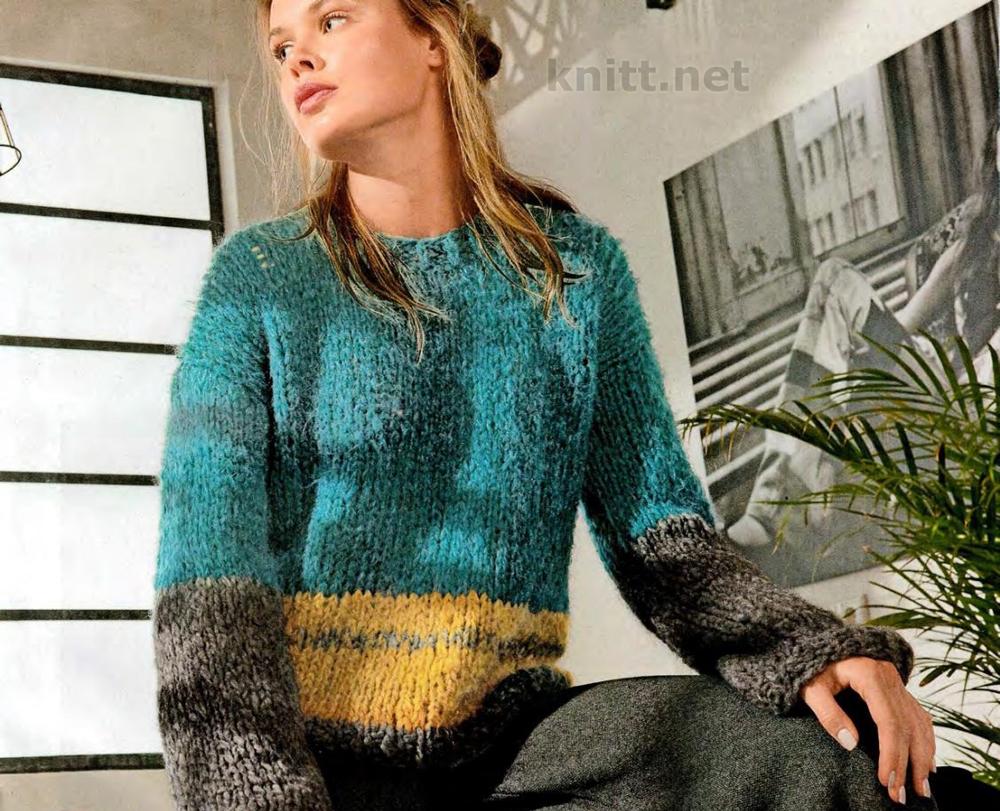 Вязаный спицами пуловер из толстой пряжи