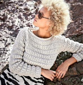 Короткий рельефный пуловер