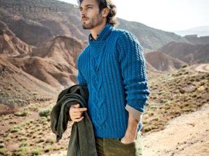 Мужской пуловер с узорами Косы