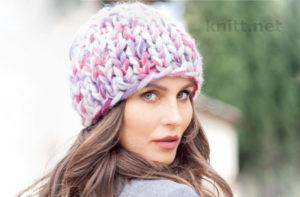 Вязаная многоцветная шапка